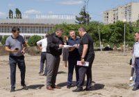 Губернатор проверил ход реконструкции парка